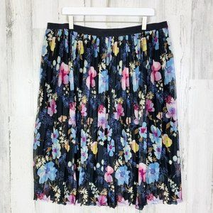 Ava & Viv Accordion Pleat Floral Midi Skirt